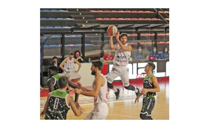 Basket serie B, neanche Cesena riesce a fermare questa Andrea Costa