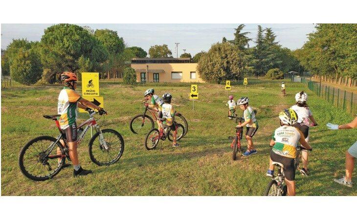 Ciclismo, bilancio e futuro della Santerno Fabbi