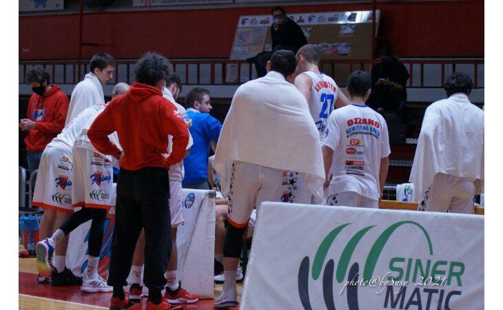Basket serie B, il finale punto a punto fa male alla Sinermatic Ozzano