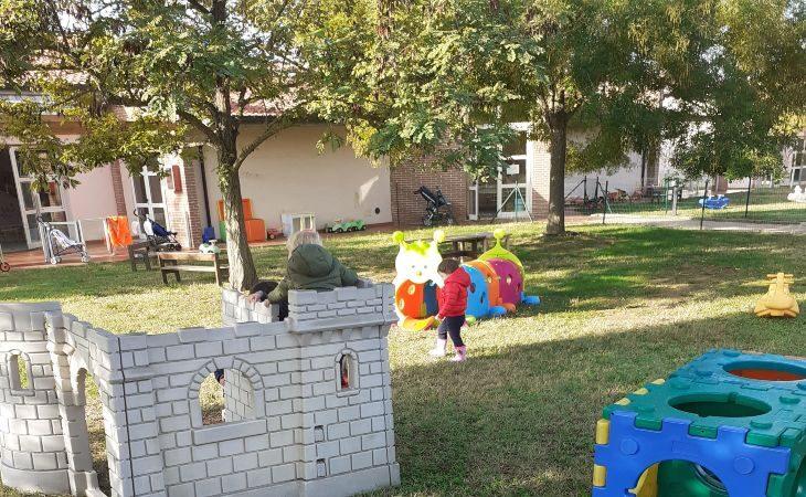 Ancora quattro posti ai nidi Girotondo e Don Luciano Sarti per i bimbi di Castello e San Martino in Pedriolo
