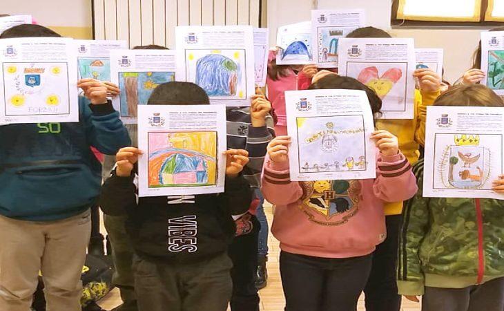 A Fontanelice concorso per risidegnare lo stemma comunale, on line tutti i disegni realizzati dagli alunni delle scuole