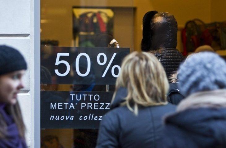 Commercio, al via i saldi invernali, le regole per acquisti sicuri