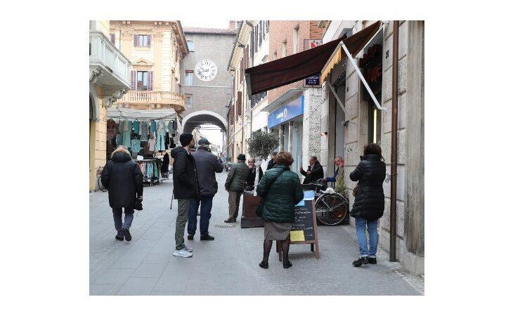 Coronavirus, il Comune di Imola proroga al 30 aprile la concessione gratuita per occupazione di suolo pubblico e dehors