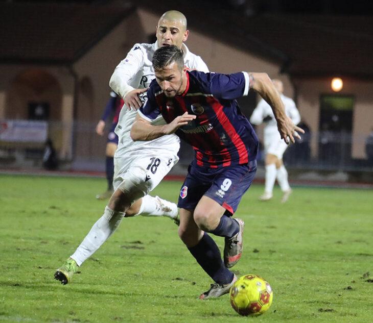 Troppi errori dei singoli, l'Imolese cade 3-1 a Verona