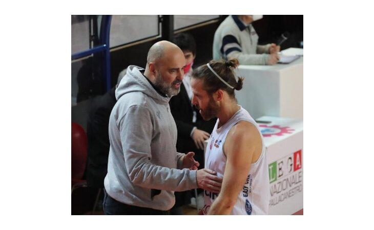 Basket serie B, al palaCattani di Faenza l'Andrea Costa riassapora il gusto della vittoria