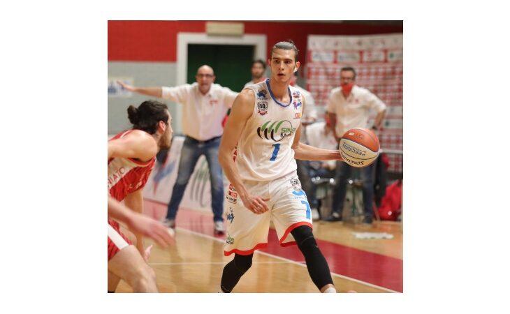 Basket serie B, che beffa nel finale per la Sinermatic Ozzano