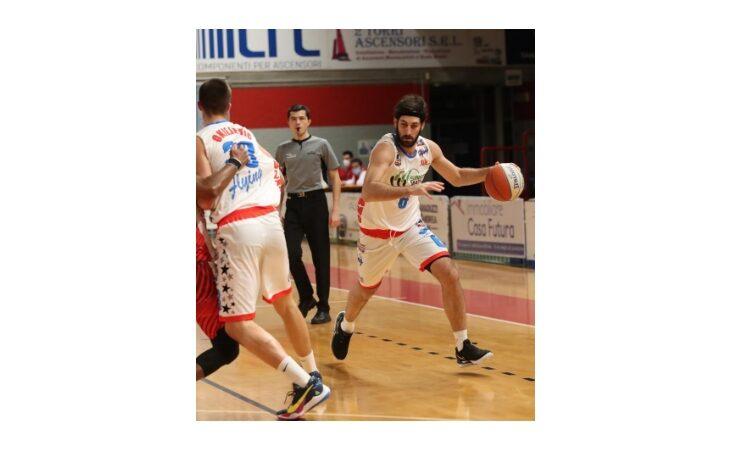 Basket serie B, troppo forte Chiusi per la Sinermatic Ozzano