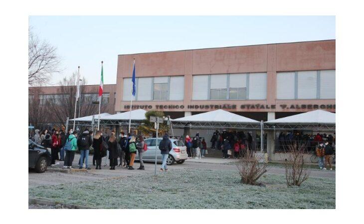 Coronavirus, dal 15 febbraio controlli intensificati anche nelle scuole di Imola