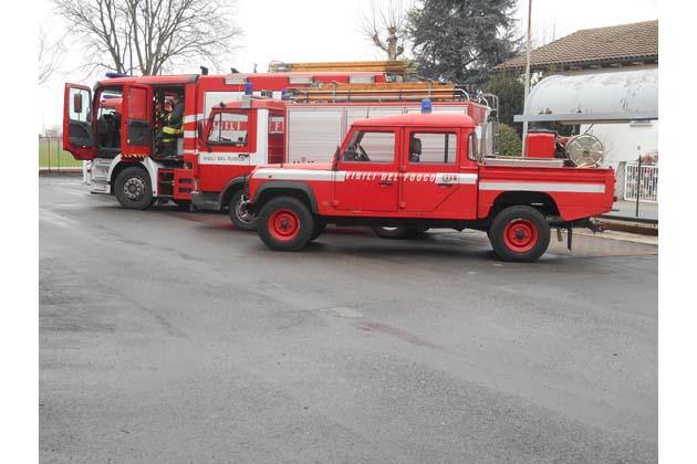 Incendio in una villetta a Mordano, abitazione inagibile e famiglia intossicata