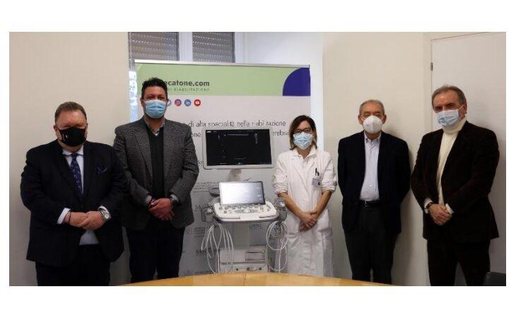 Fondazione Crimola e Teapak donano all'Istituto Montecatone un ecografo portatile di ultima generazione