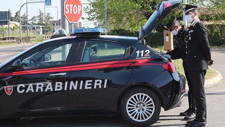 Pregiudicato 28enne si aggira in stazione, arrestato dai carabinieri