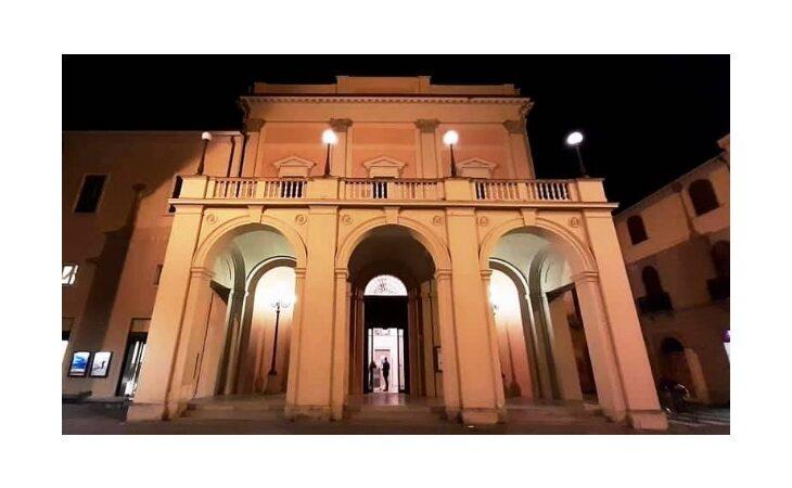 «Facciamo luce sul teatro», anche lo Stignani di Imola aderisce all'iniziativa nazionale di protesta