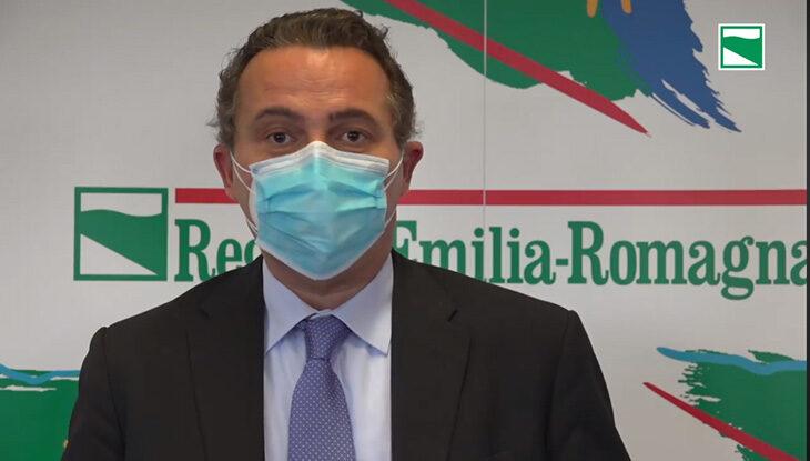 Coronavirus, i contagi fanno paura anche a Bologna, si valutano restrizioni come per Imola