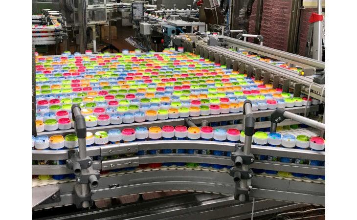 Le bolle di sapone Dulcop arrivano a Osteria Grande negli stabilimenti Cicli Cinzia