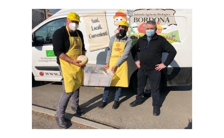 Coldiretti e la caciotta «solidale» dell'azienda La Bordona a sostegno della Fondazione Santa Caterina