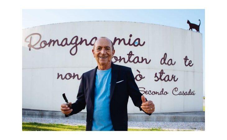 Coronavirus, addio al «re del liscio» Raoul Casadei. Il ricordo di Bonaccini e Manca