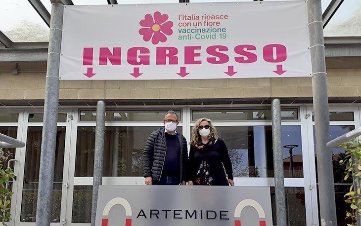 Coronavirus, nove morti nel circondario di Imola. Vaccinazioni dal 6 aprile nel Centro Artemide a Castel San Pietro