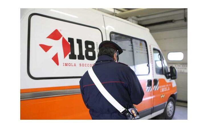 Incidente sul lavoro in un'azienda avicola, 52enne trasportato al Maggiore