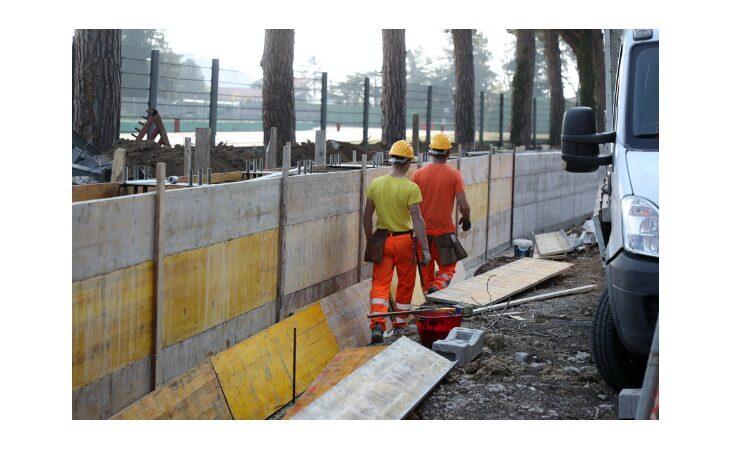 Barriera antirumore di via dei Colli, corsa contro il tempo per concludere i lavori entro il Gp di F.1