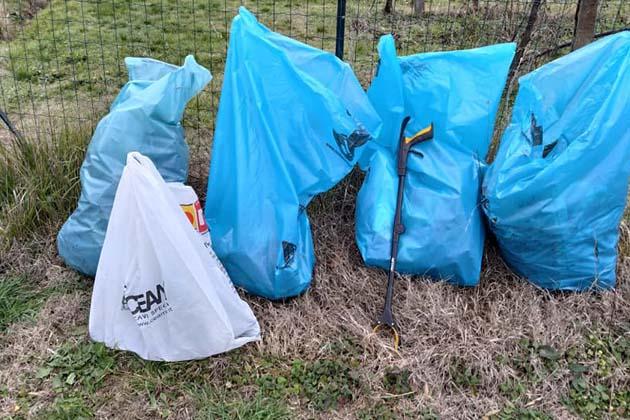 Puliamo i fossi, secondo weekend di raccolta dei rifiuti sabato 17 e domenica 18 aprile