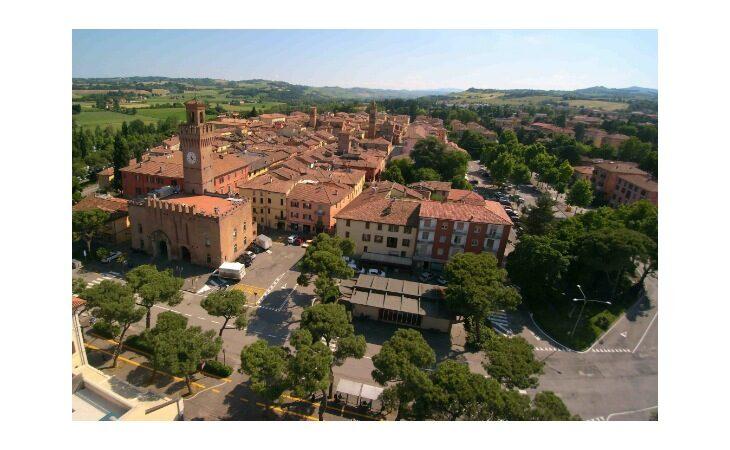 Concessioni gratuite di suolo pubblico, il Comune di Castello le vuole estendere a tutto il 2021
