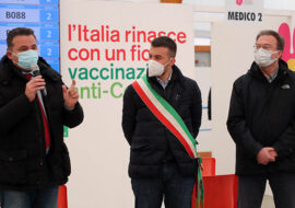 Coronavirus, morti una 51enne a Imola e un 87enne a Castel Guelfo. Vaccini: intervista all'assessore regionale Donini – VIDEO