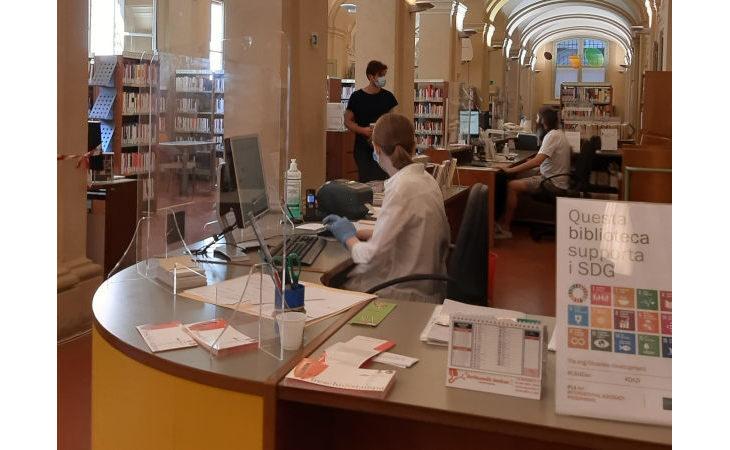 Biblioteche imolesi, dal 26 aprile i lettori possono di nuovo accedere agli scaffali