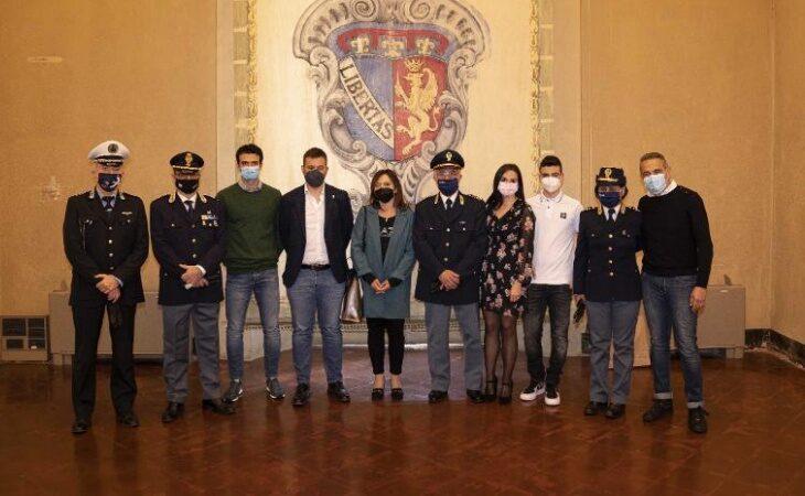Il «grazie» della città di Imola a Marco Arcangeli, sostituto commissario di polizia prossimo alla pensione