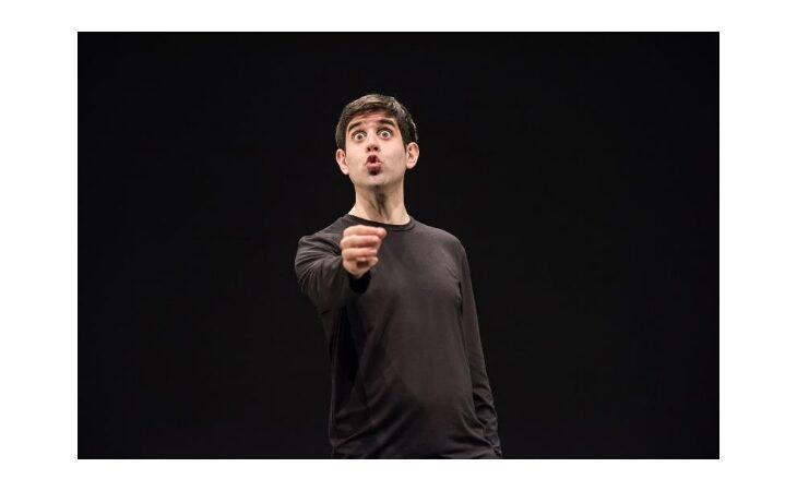 Lo Stignani riapre e fa un regalo ai giovani, prova generale di «Mistero Buffo» gratis per gli under 20
