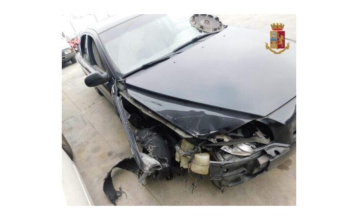 In fuga dopo un incidente, automobilista ubriaco rintracciato da un agente della polizia stradale fuori servizio