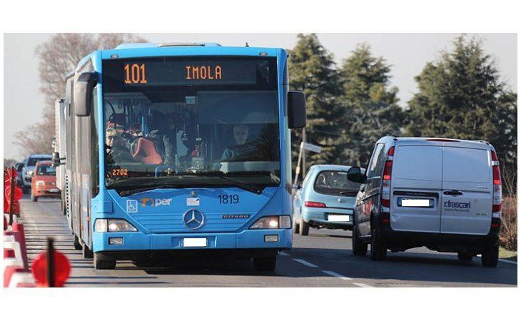 Trasporto pubblico, disagi per il passaggio del Giro d'Italia e sciopero, il dettaglio delle deviazioni a Imola e nel bolognese