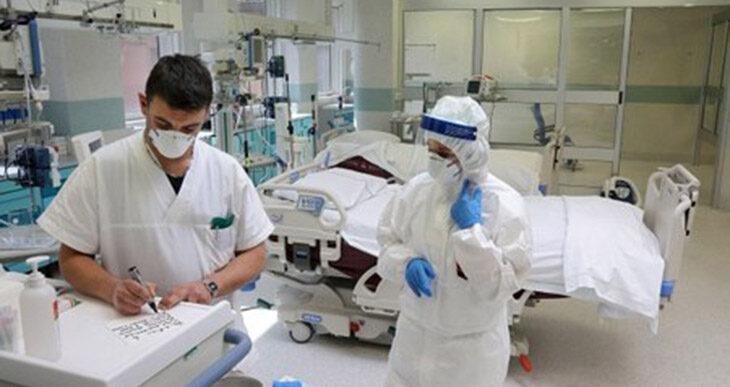 """Coronavirus, ancora due vittime: un 48enne a Medicina e un 65enne a Imola. Vaccini 50-54 anni: le prime 1800 """"candidature"""""""