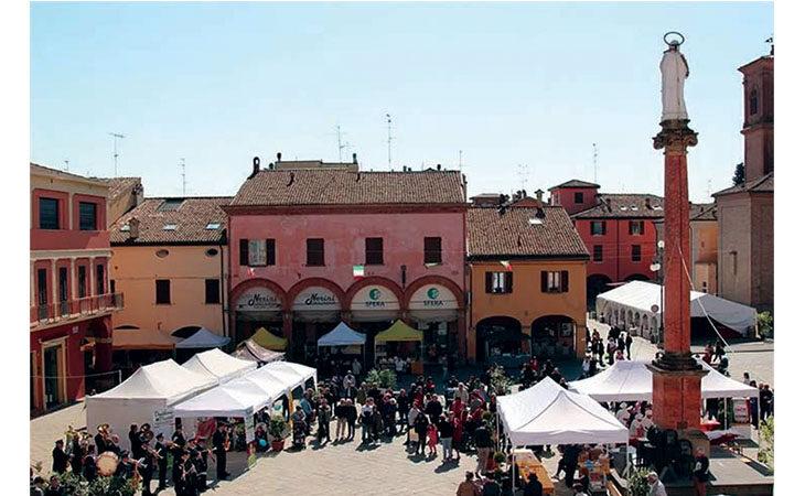 Sabato 22 e domenica 23 maggio Castel San Pietro torna Very Slow con Ebike, camminate, enogastronomia e natura