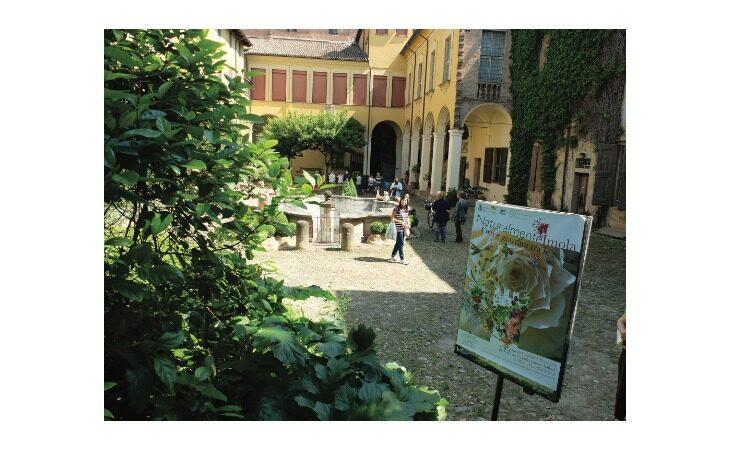 Cortili, giardini e segreti: è Imola, «Naturalmente»
