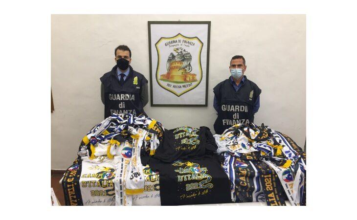 Sciarpe e maglie dell'Inter contraffatte, maxi sequestro e denunce a Imola