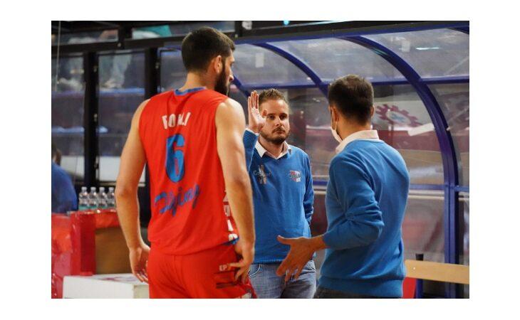 Basket serie B, la Sinermatic sbanca Cecina e fa 1-1. Ora la serie si sposta ad Ozzano