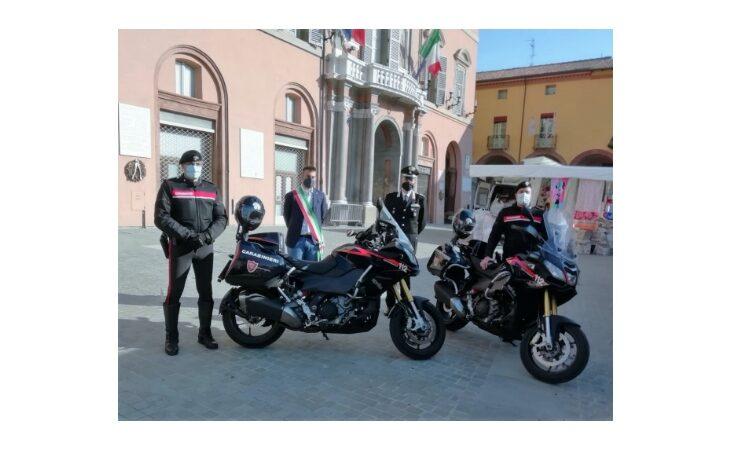 Due nuove moto in dotazione ai carabinieri della Compagnia di Imola
