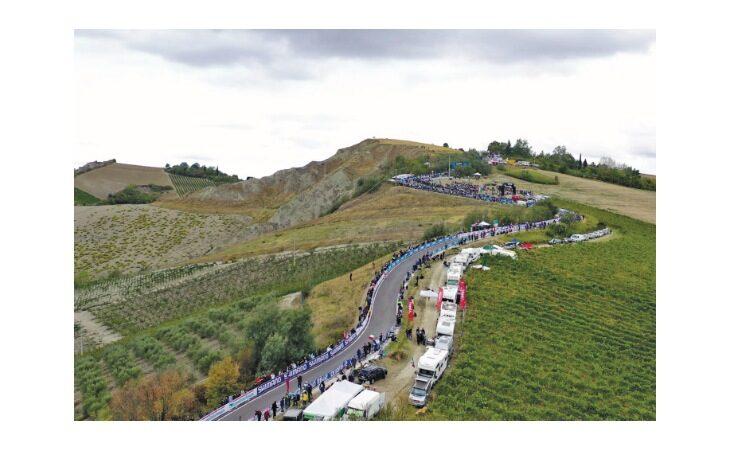 Domenica Imola è tricolore con i campionati italiani di ciclismo. Le modifiche alla viabilità