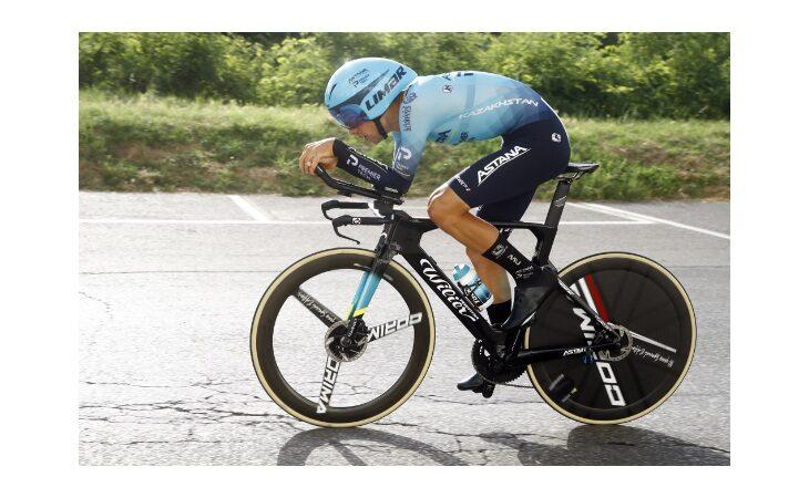 Ciclismo, cronometro tricolore per Sobrero. Solo 4° Ganna. Tra le donne successo per la Longo Borghini