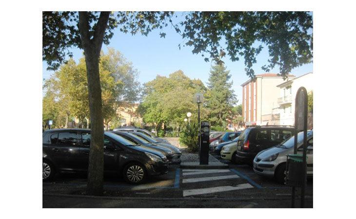 A Castello nei sabati di luglio sosta gratis nel parcheggio di via Oberdan e nelle vie Cavour e Matteotti