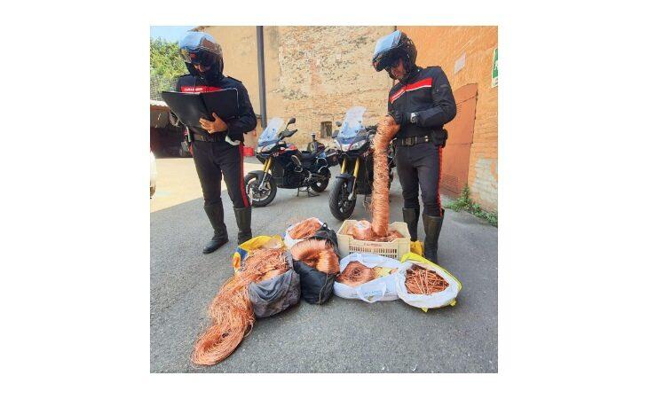 Ruba oltre 300 kg di rame dalla ditta, arrestato operaio