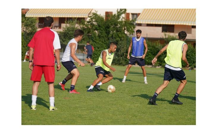 Calcio serie C, posticipato al 22 agosto il match di Coppa Italia tra Imolese e Carrarese