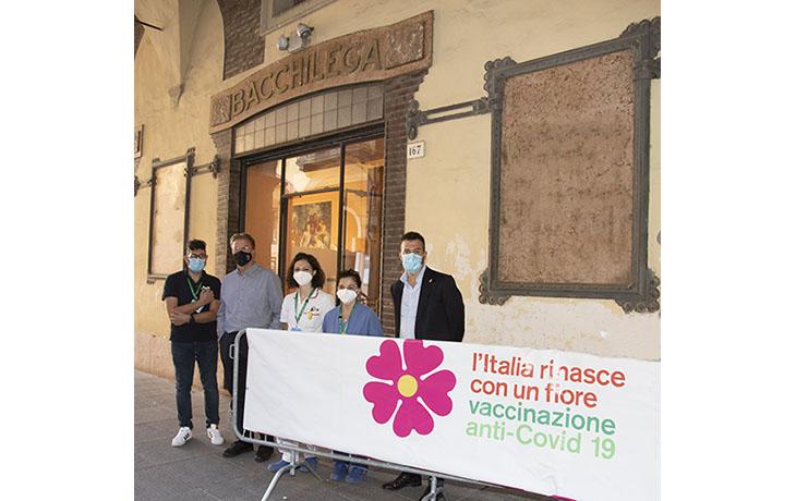 Coronavirus e vaccini, domani open day nell'ex Bacchilega a Imola e a Castel San Pietro. Chiude l'hub Tozzona