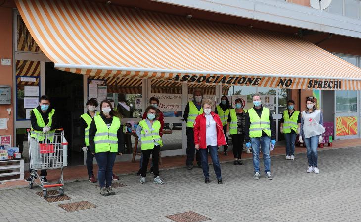 Anche l'associazione imolese No Sprechi tra i destinatari dei fondi regionali per progetti di solidarietà e recupero alimentare
