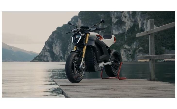 La moto elettrica Lacama di Tazzari in onda su Tg1 Motori