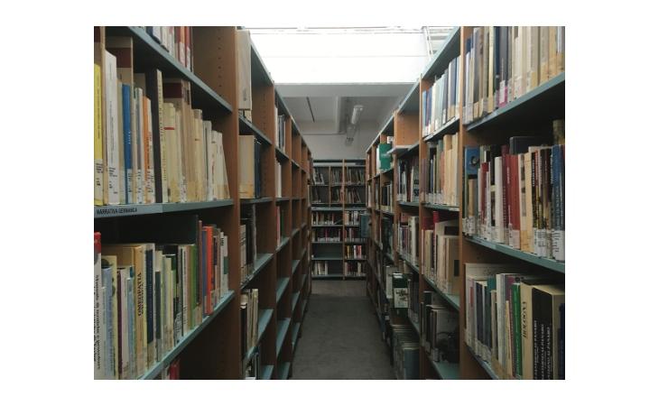 Ad Ozzano riapre la biblioteca comunale con libri a scaffale solo per i più piccoli