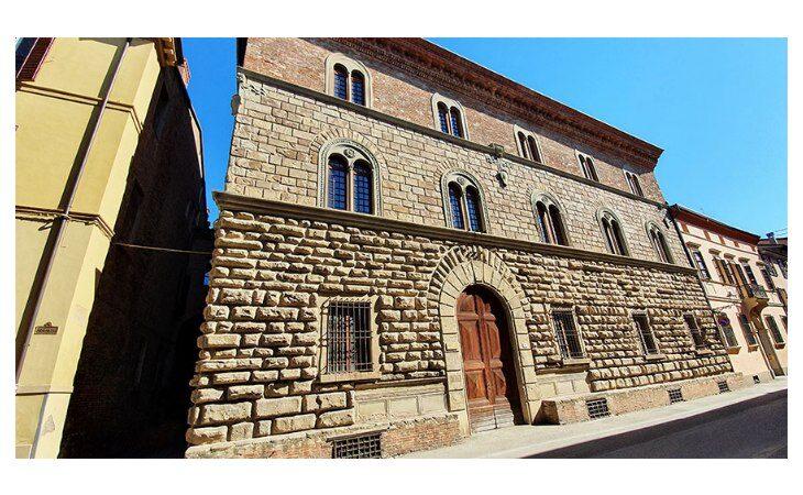 Lavori di Hera per palazzo Calderini, da domani modifiche alla viabilità fino all'11 ottobre