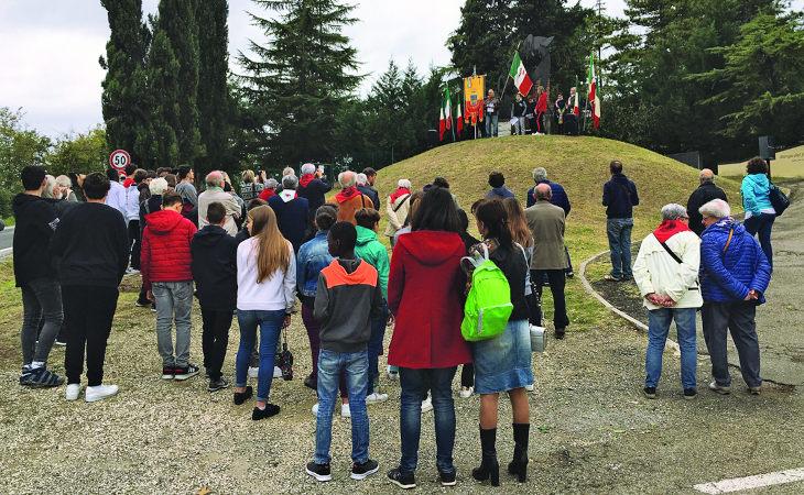 Cerimonia a Ca' Genasia per ricordare i caduti del Sap Montano Rino, Petit ed Elisa