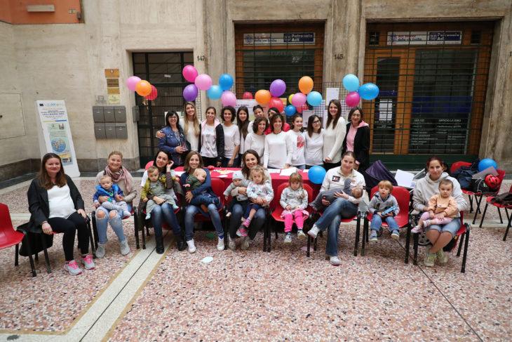 Anche a Imola torna il flashmob per sostenere l'allattamento al seno