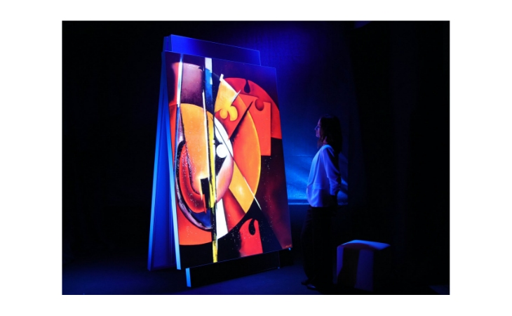 Sara Forte a Il Pomo Da Damo, opere tridimensionali con silicio e vetro di Murano